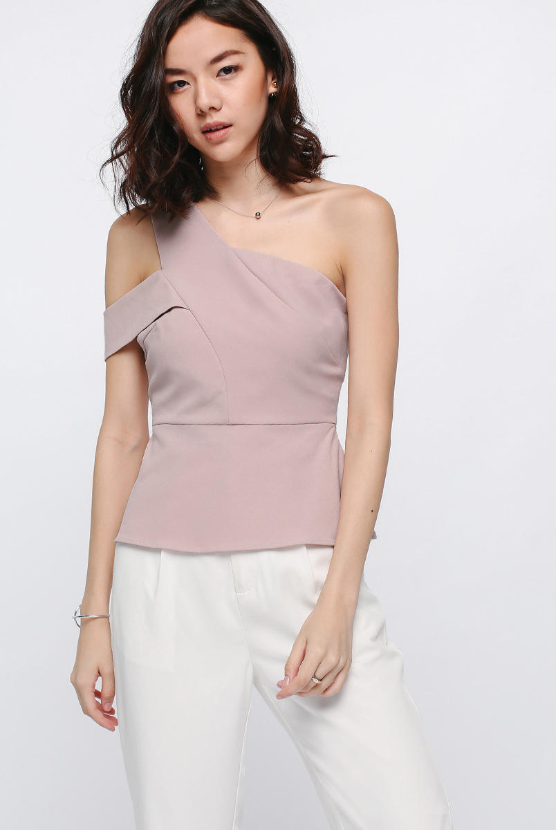 Glozelle Off Shoulder Toga Top