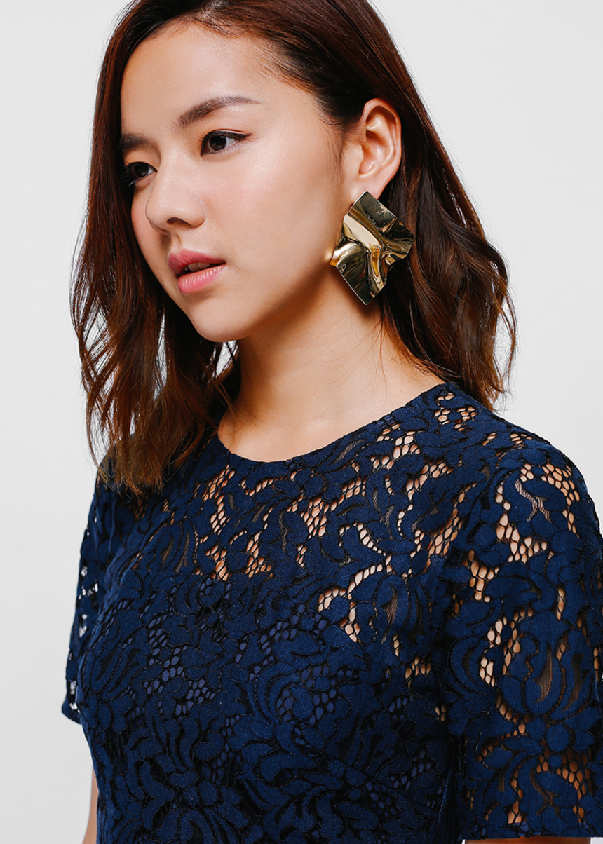 Eyala Crinkled Metal Drop Earrings