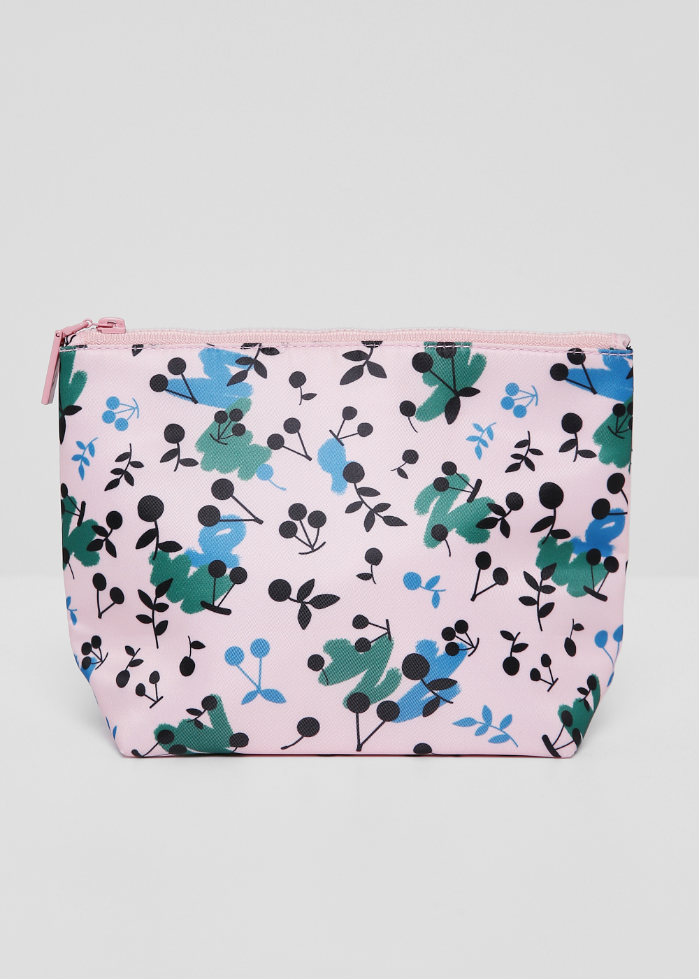 Cassidy Pouch in Berry Bunch