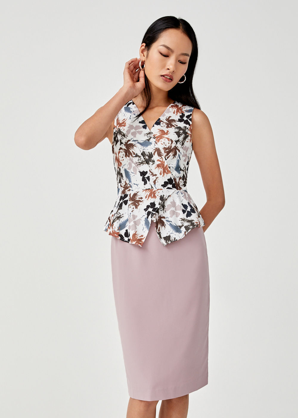 Selena Peplum Bodycon Dress In Floral Symphony