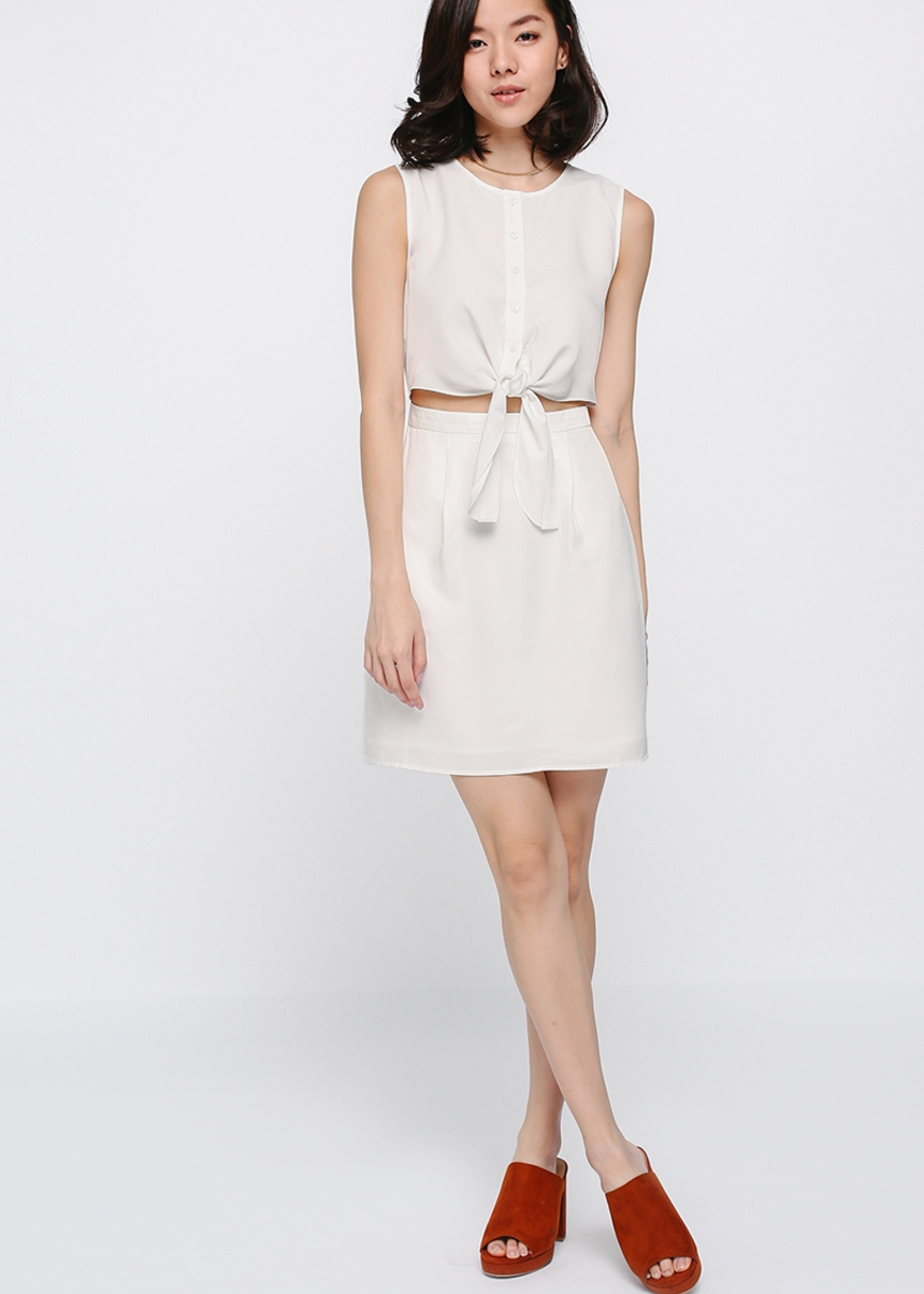 Reylie Knot-front Dress