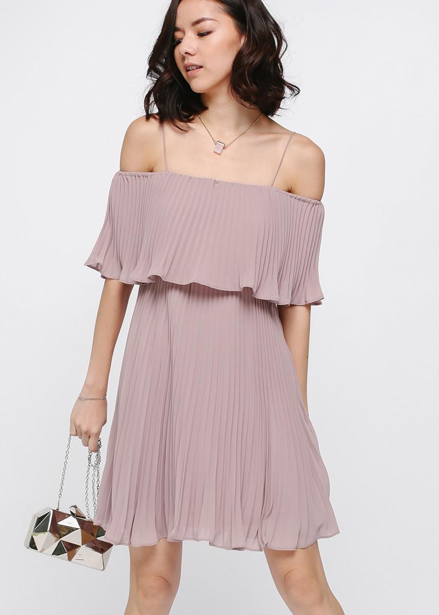 Darosia Pleated Layer Dress