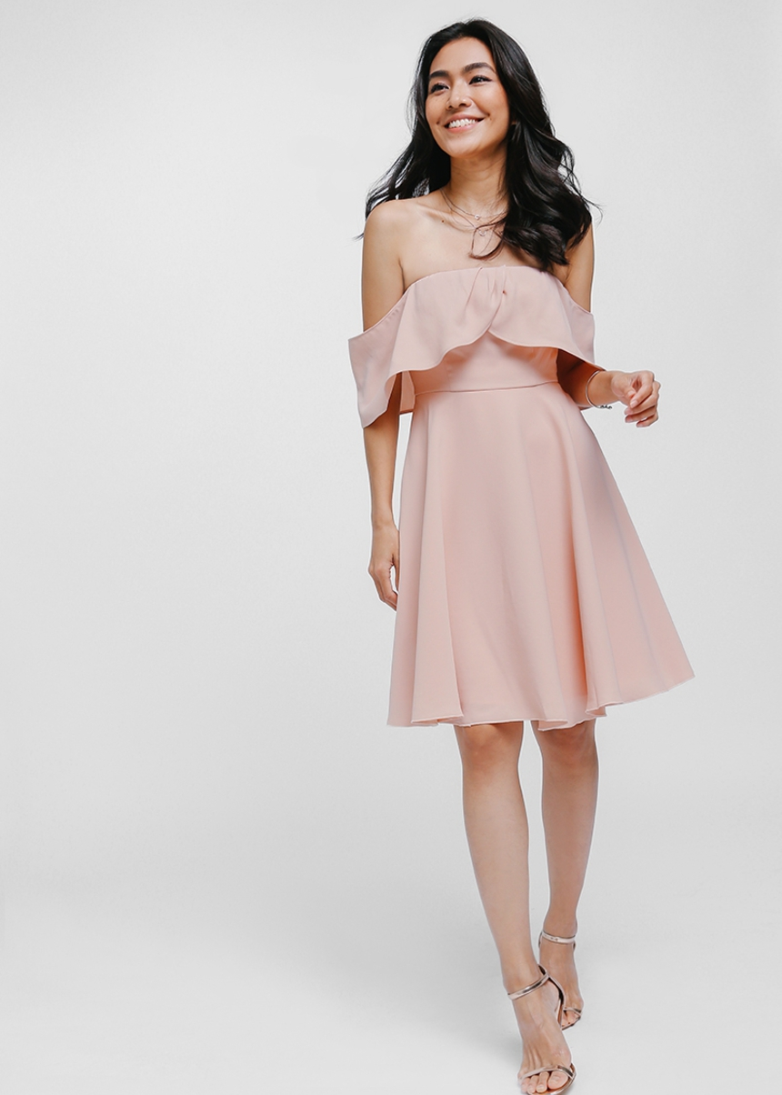 Syarah Layered Off Shoulder Dress