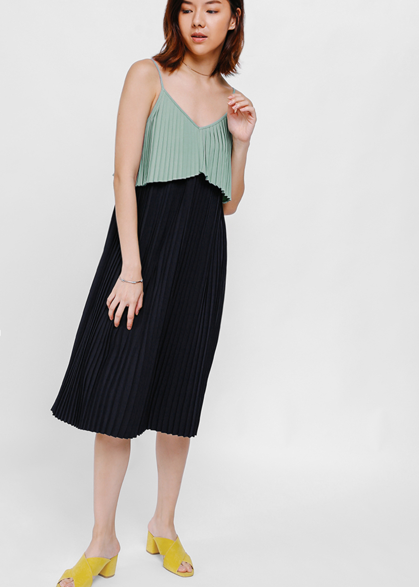 Eldra Pleated Layered Dress