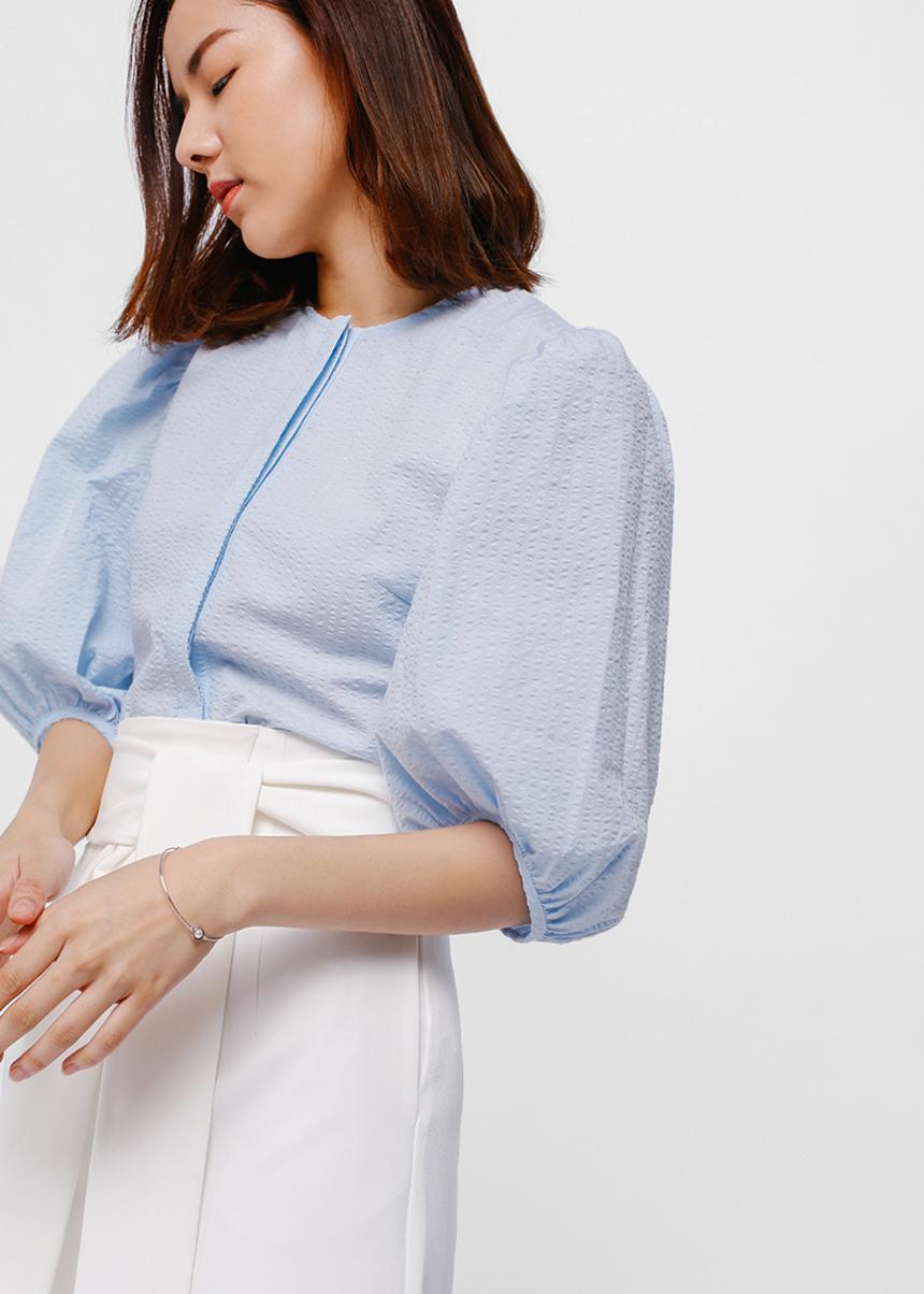 Estrella Puff Sleeve Textured Crop Top