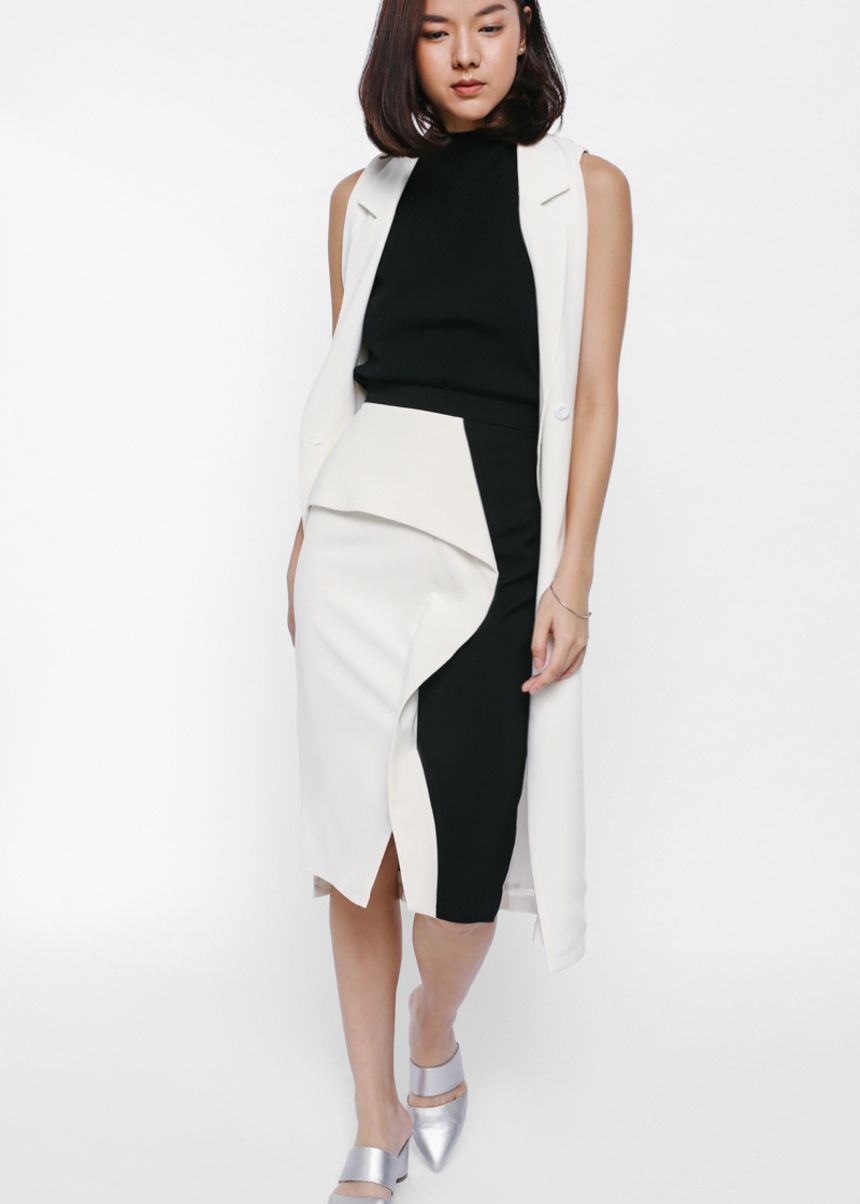 Yidela Asymmetrical Contrast Peplum Skirt