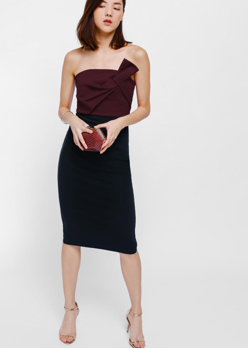 Ohran Twist Knot Tube Midi Dress