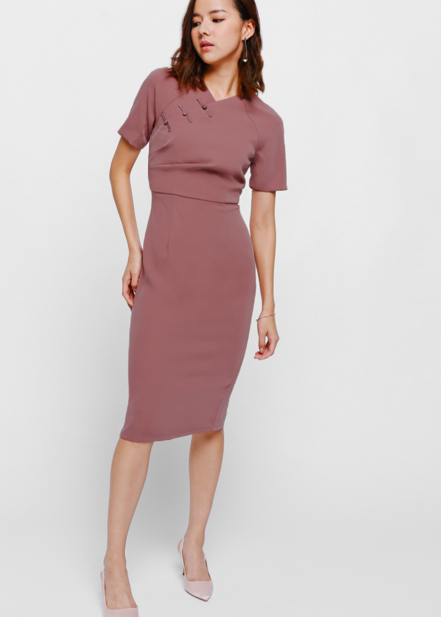 Mearyn Ruched Cheongsam Midi Dress