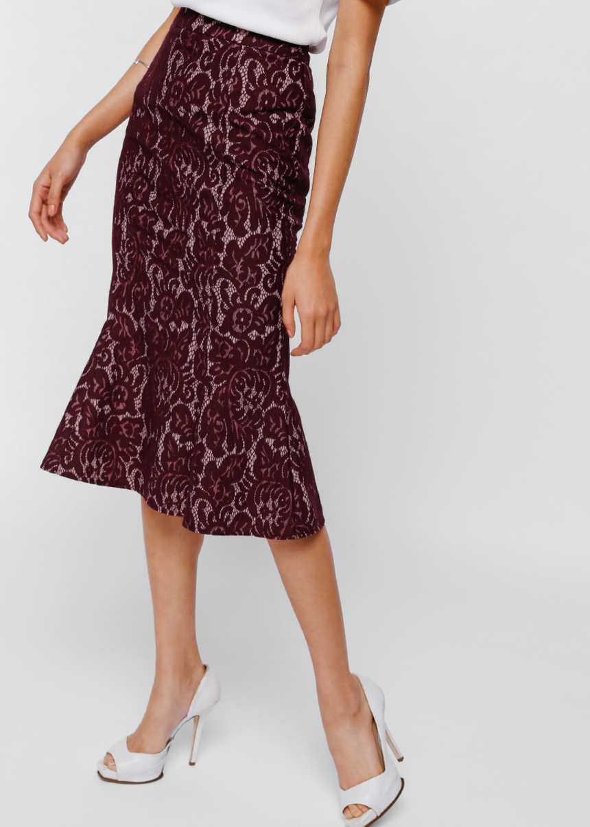 Yeighra Lace Trumpet Skirt