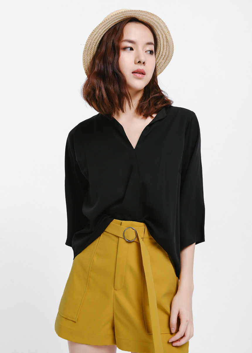 Bonika Notch Neck Boxy Blouse