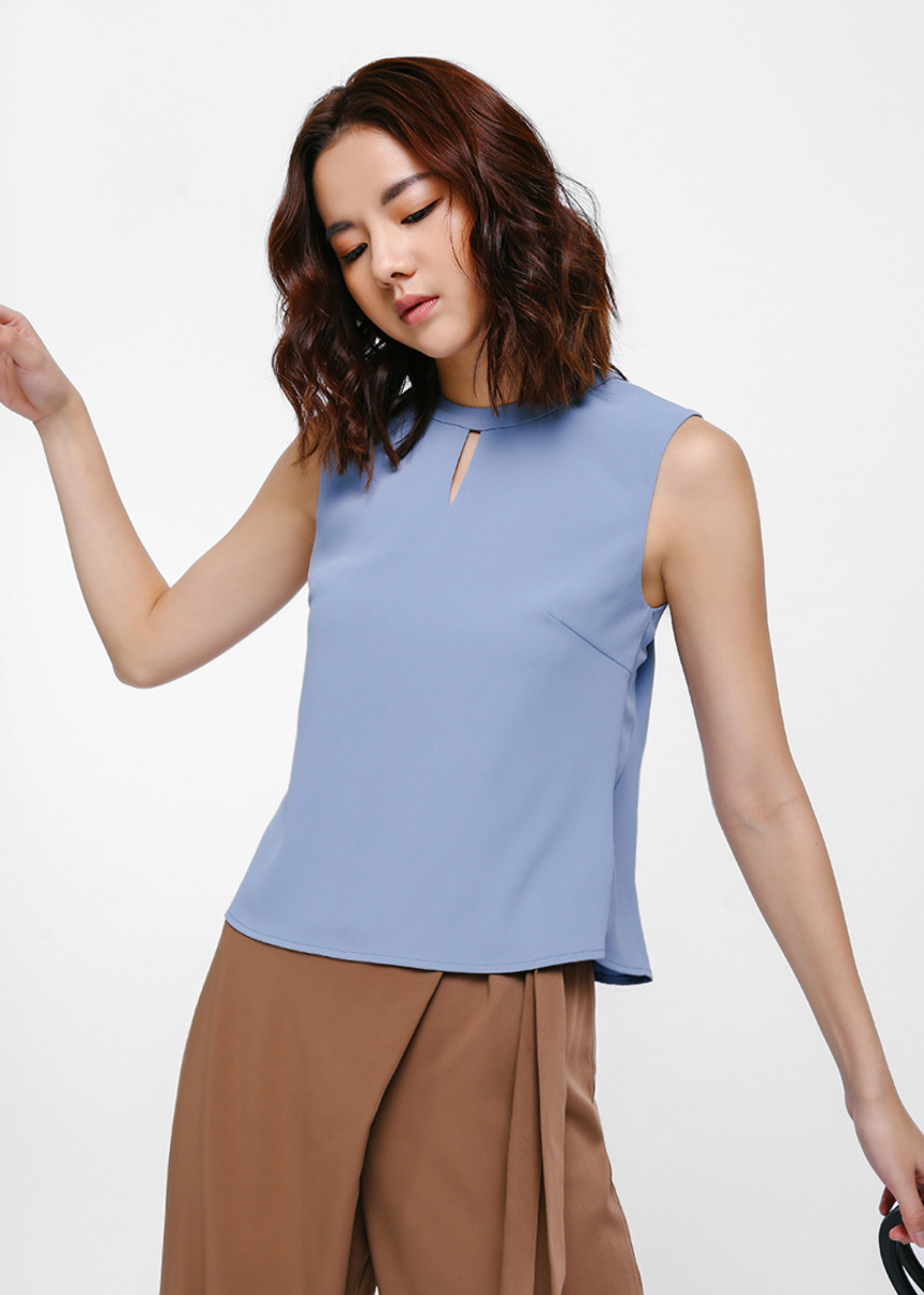 Ennola Keyhole Open Back Top