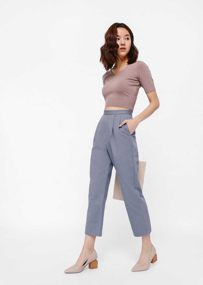 Pelsya Front Pleat Cropped Pants