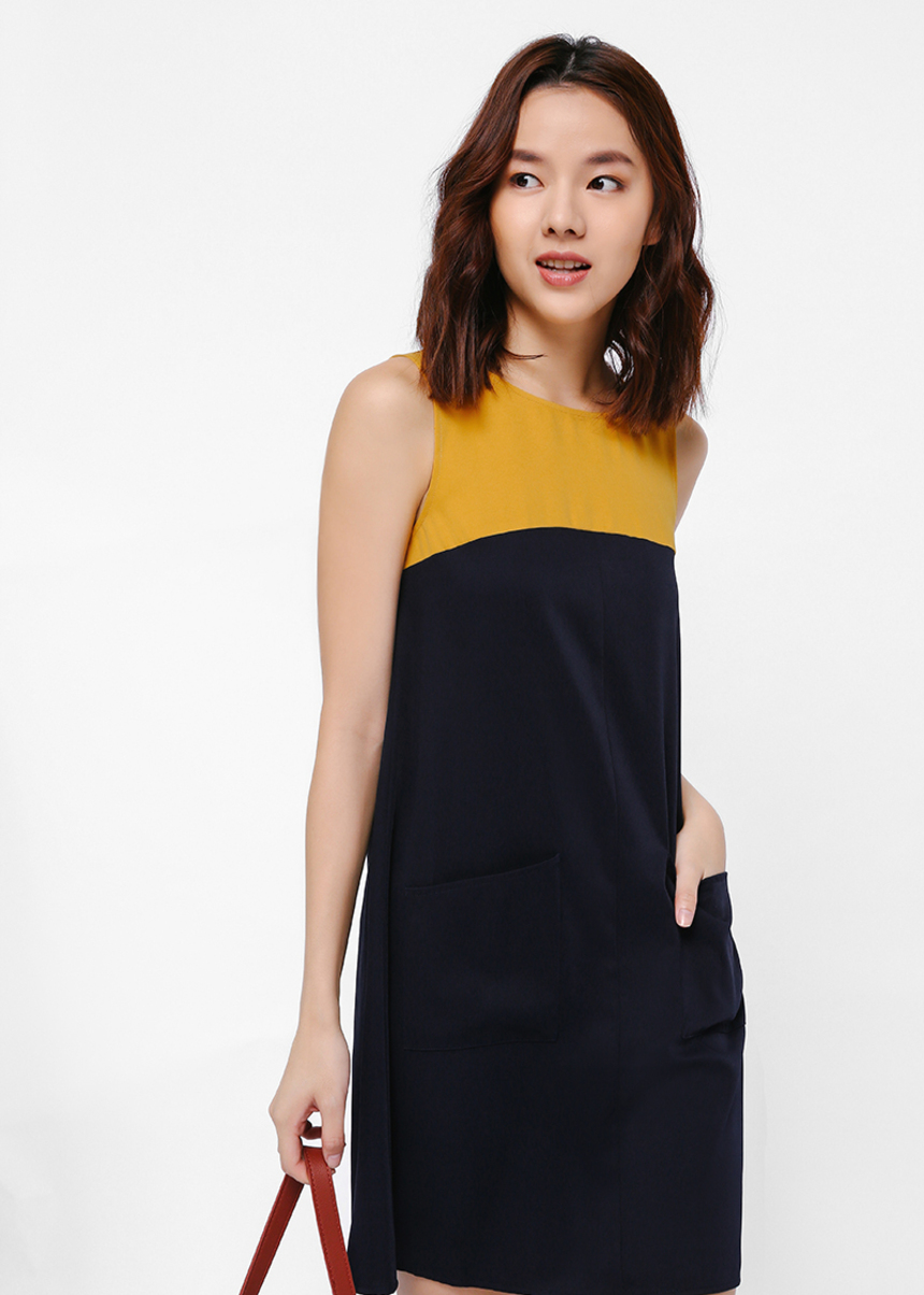 Ditiona Colourblock Grommet Back Dress