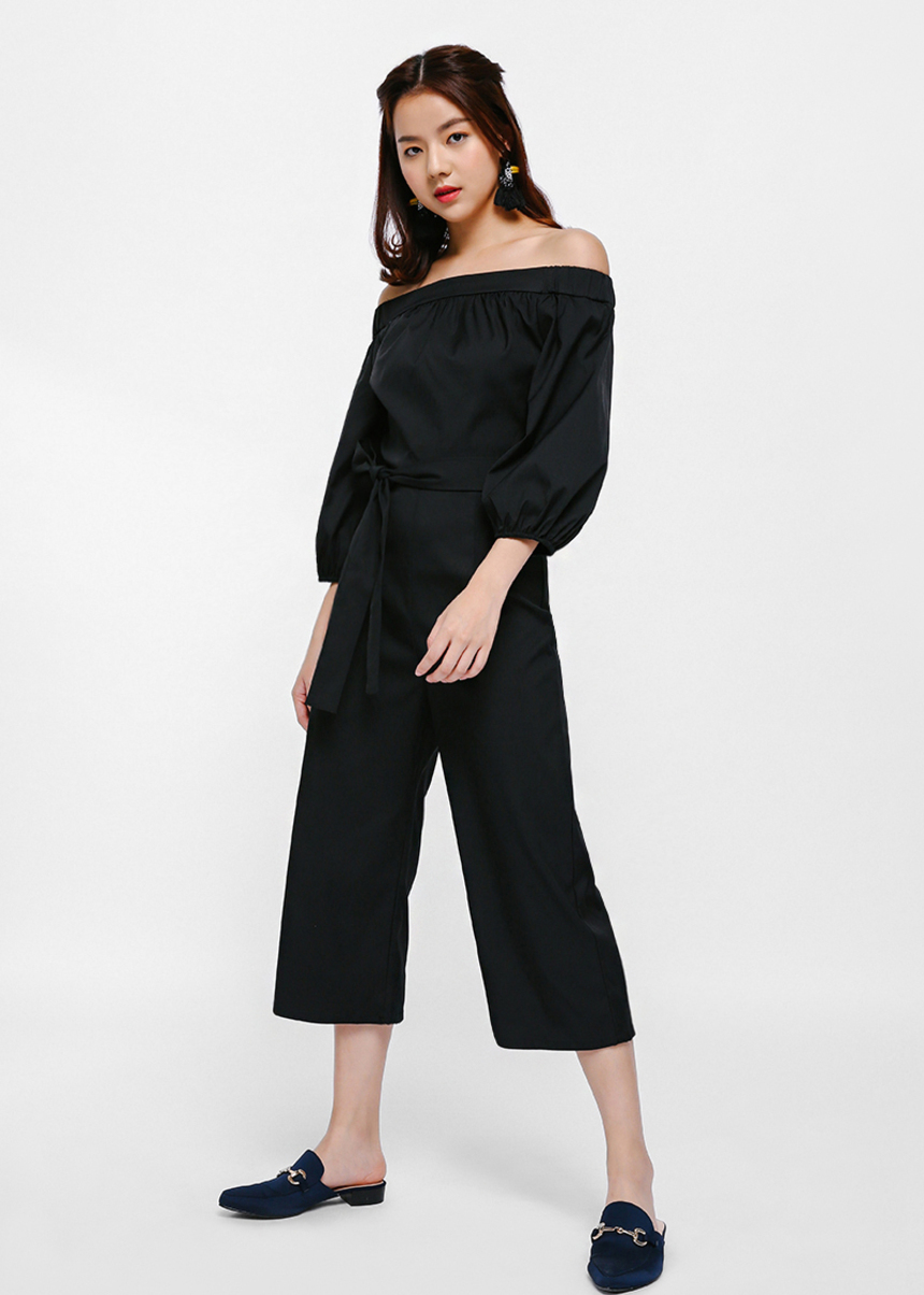 Heizie Off-shoulder Balloon Sleeve Jumpsuit