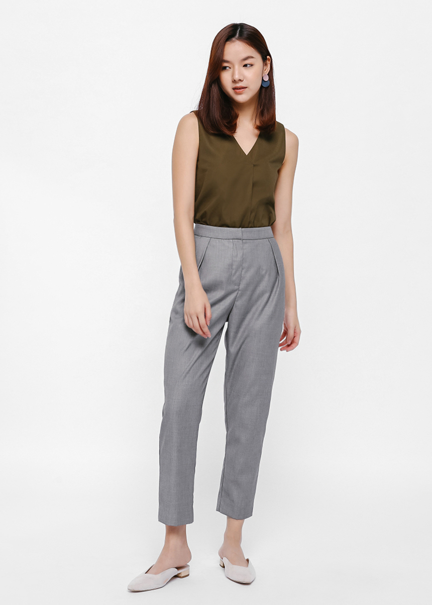 Pessa Pleat Front Cropped Pants