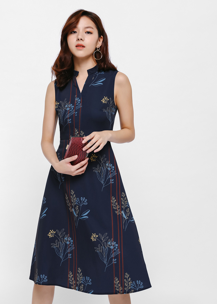 Ariane Mandarin Collar Floral Print Midi Dress