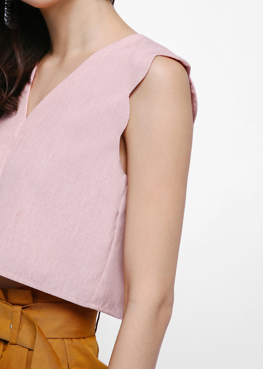Grylen Scallop Hem Crop Top