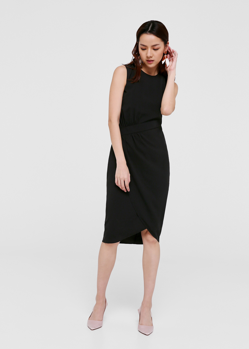 df60f3a54c03 Caine Gathered Waist Midi Dress