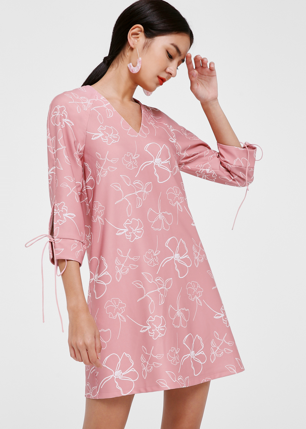 Neima Tie Sleeve Shift Dress in Spring Field