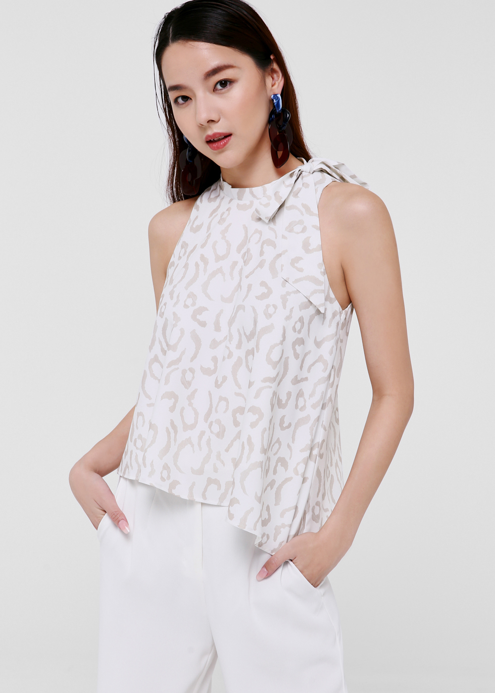 Jamila Asymmetrical Hem Top in Wild Leopard