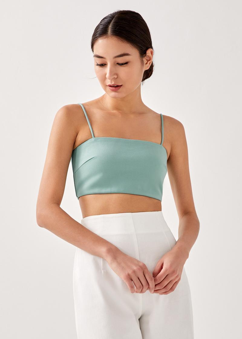Jaelia Cropped Camisole Top