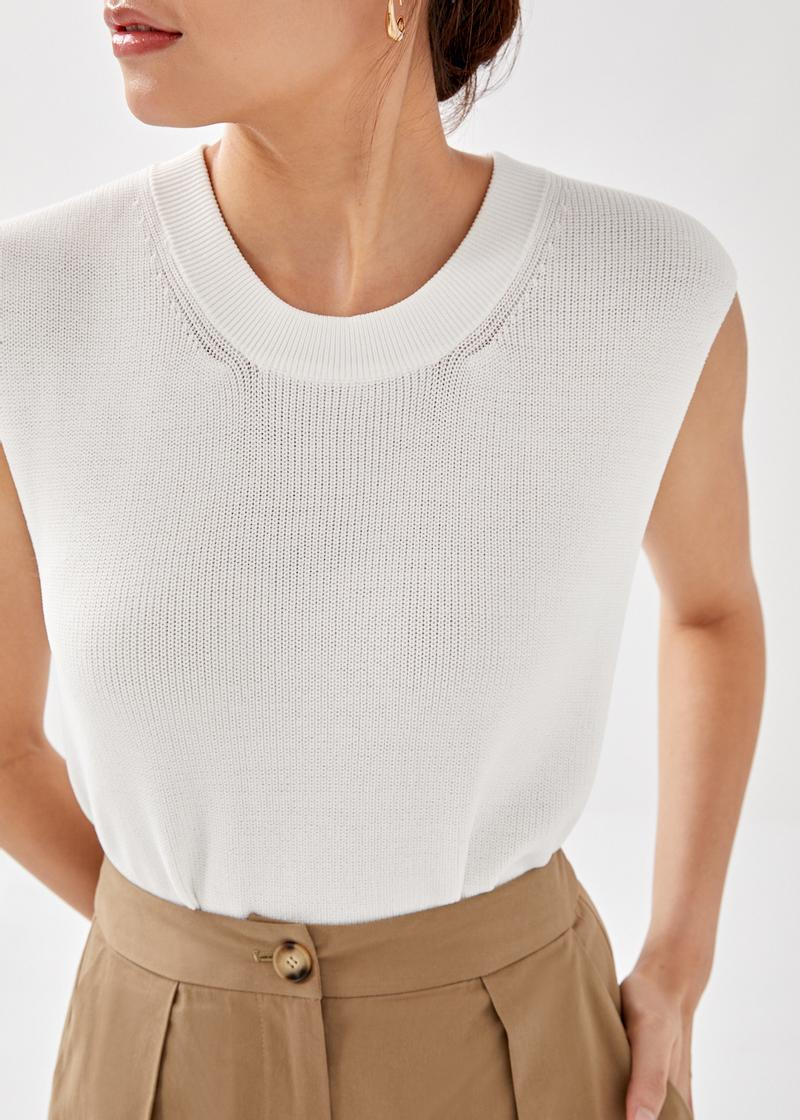 Gesa Relaxed Knit Top