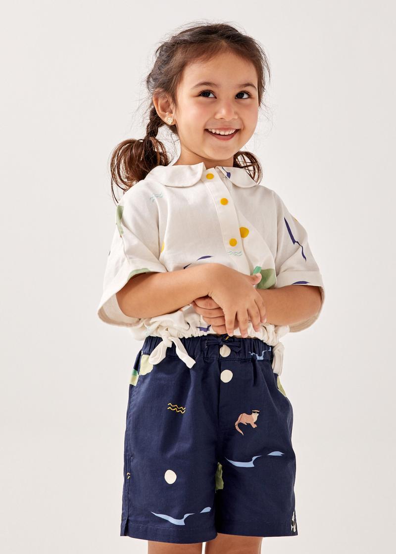 Kyla Linen Cuffed Drawstring Shirt in Summer Seascape
