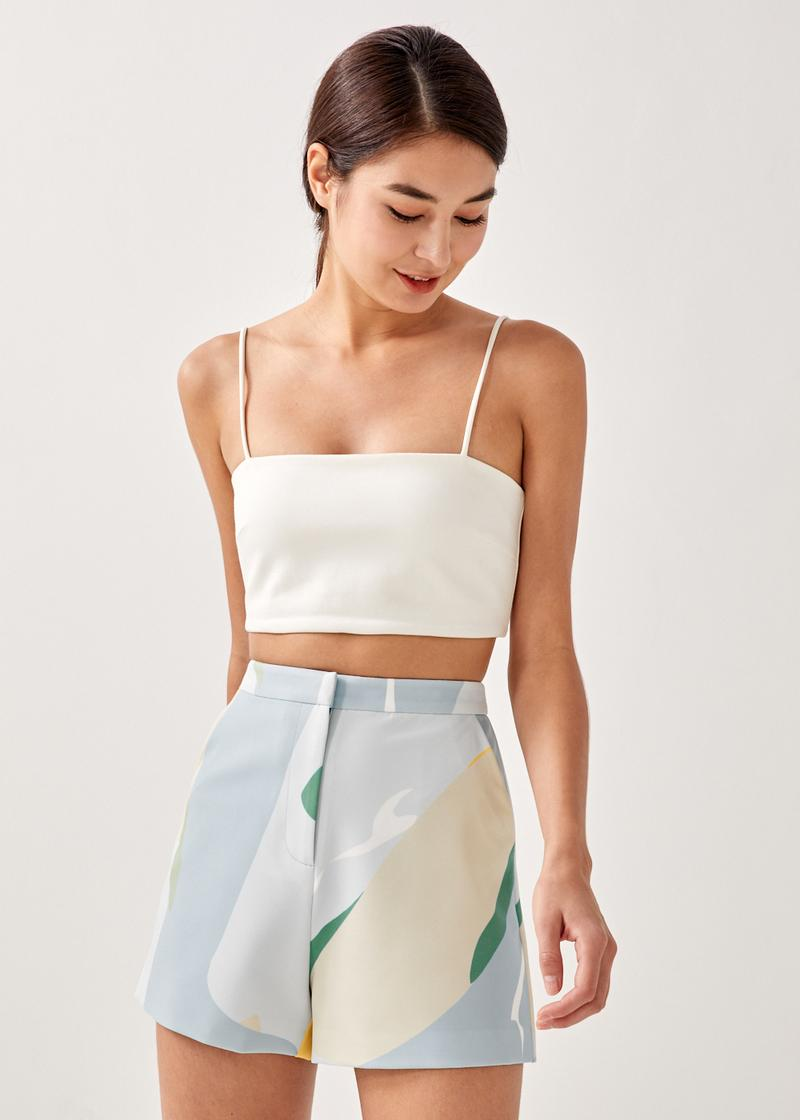 Evie Tailored Shorts in Summer Seascape
