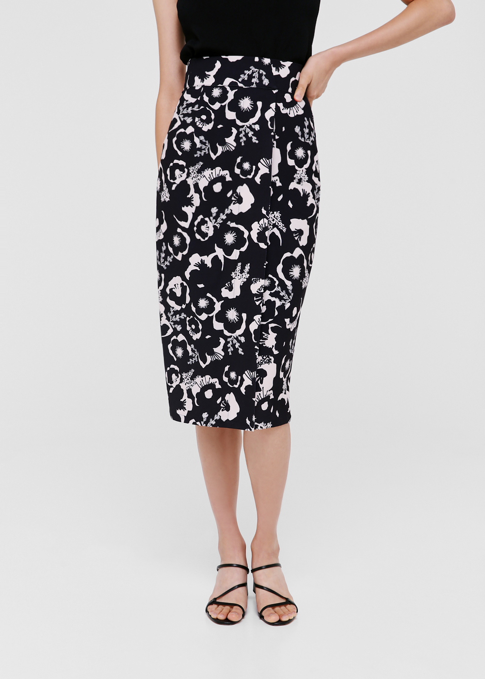 Torie Foldover Midi Bodycon Skirt in Anemone Bloom