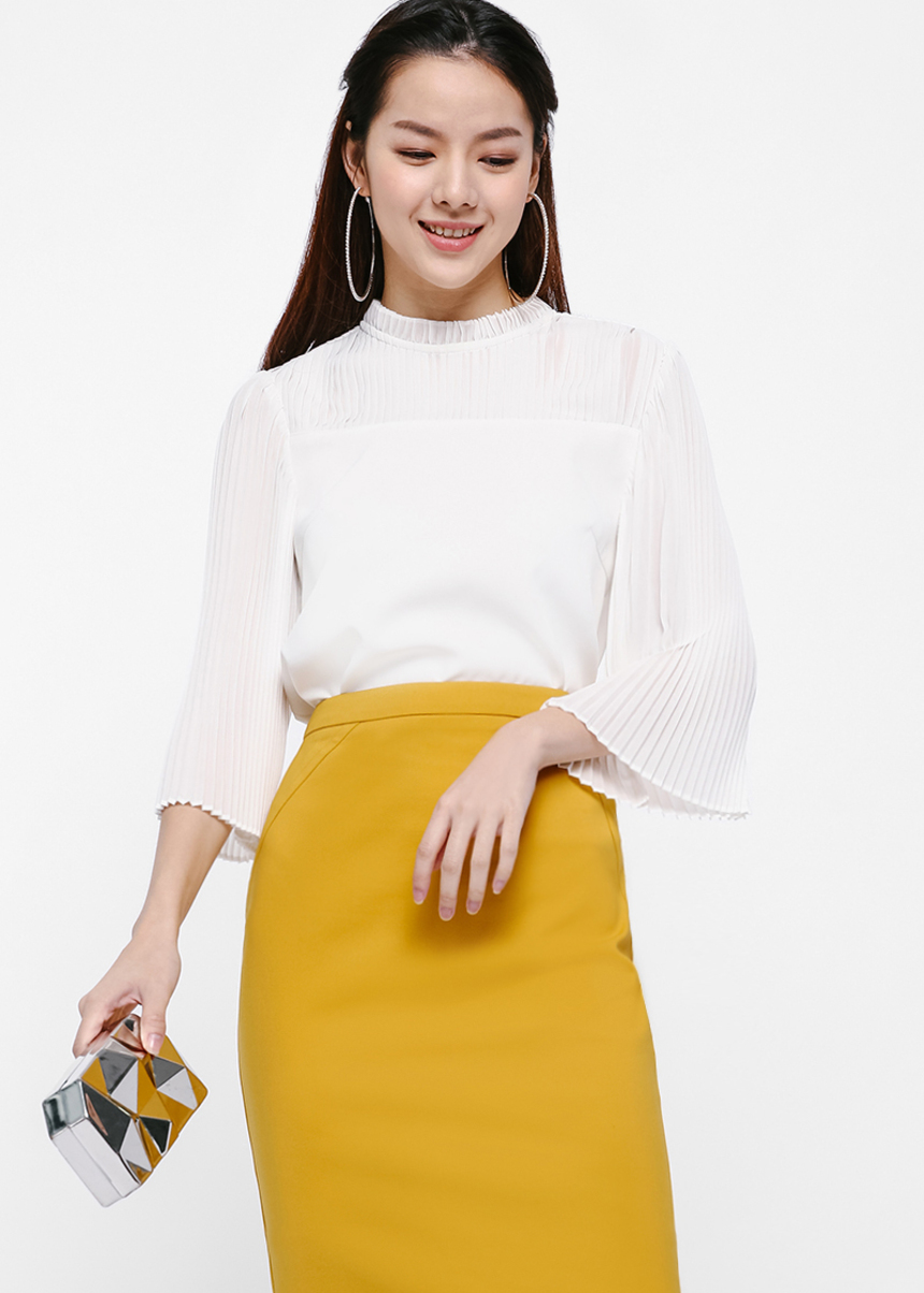 Fabiola Pleat Sleeve Top