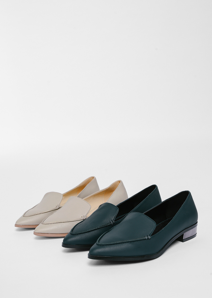 Eulalie Pointed Loafers