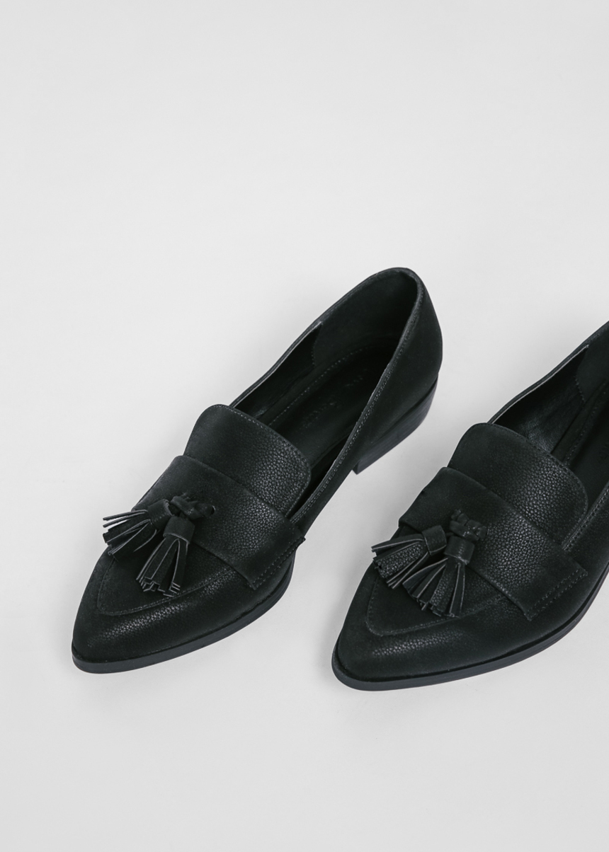 Lomithy Tassel Loafers