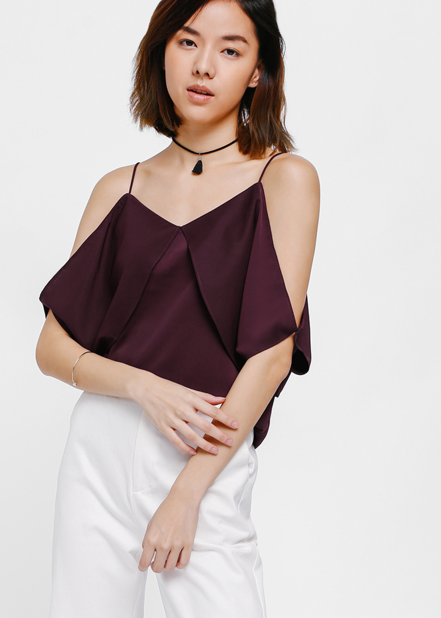 Finne Cutout Shoulder Camisole