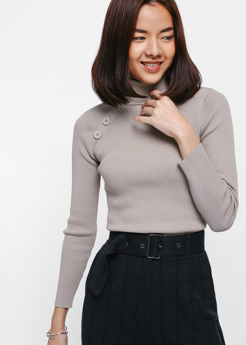 Beotrice Button Turtleneck Sweater