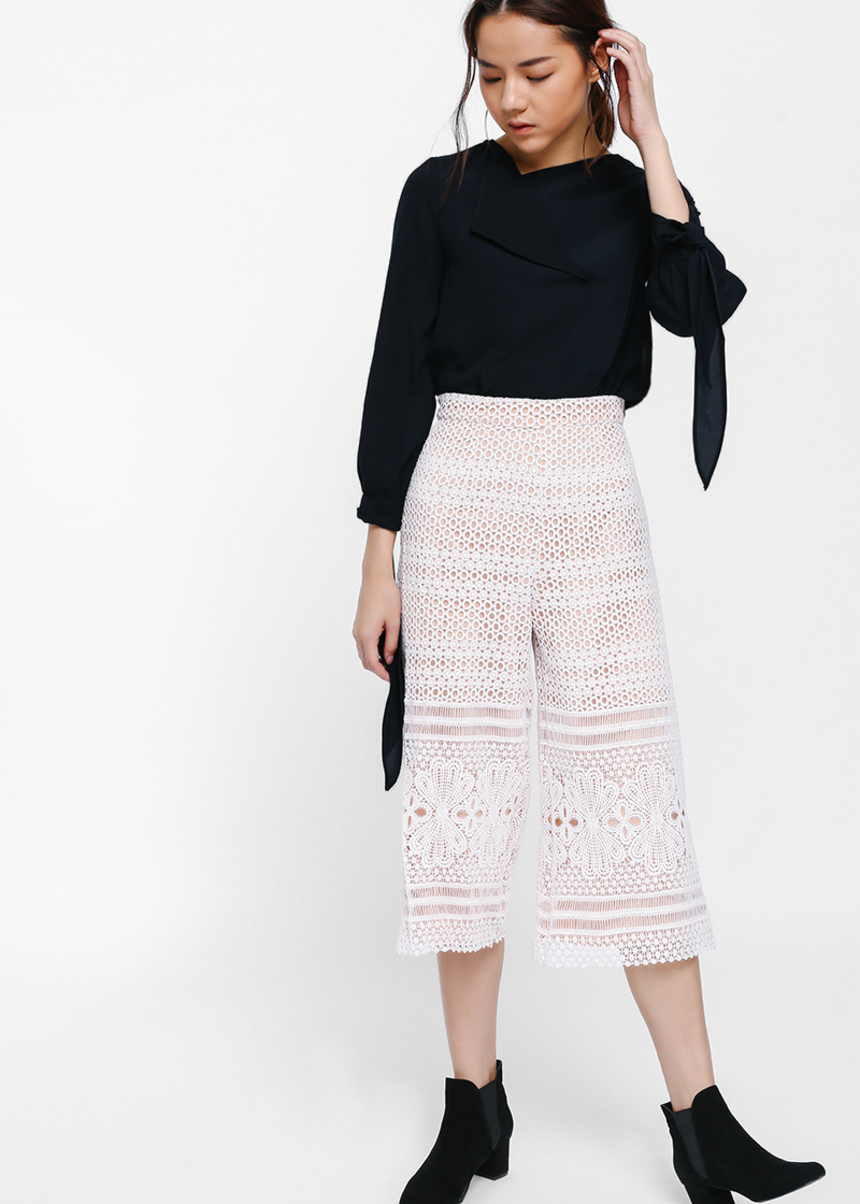 Ayanala Crochet Lace Overlay Culottes