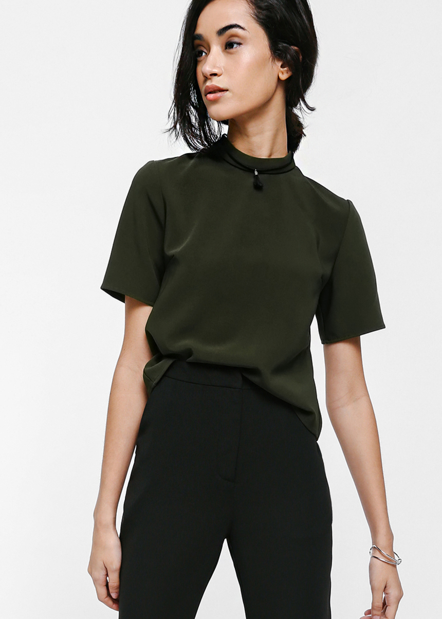 Embrea Back Button Boxy Top