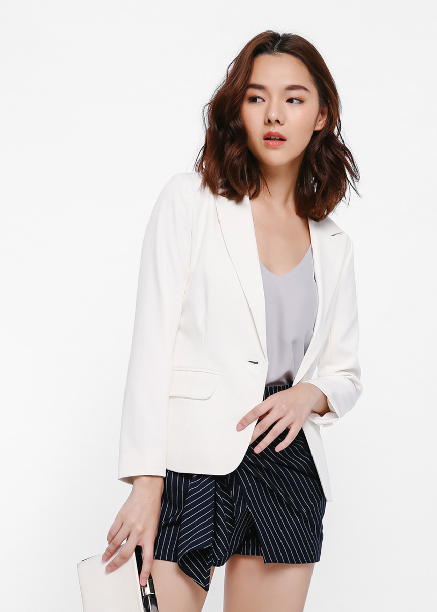 Verinda Button Front Blazer