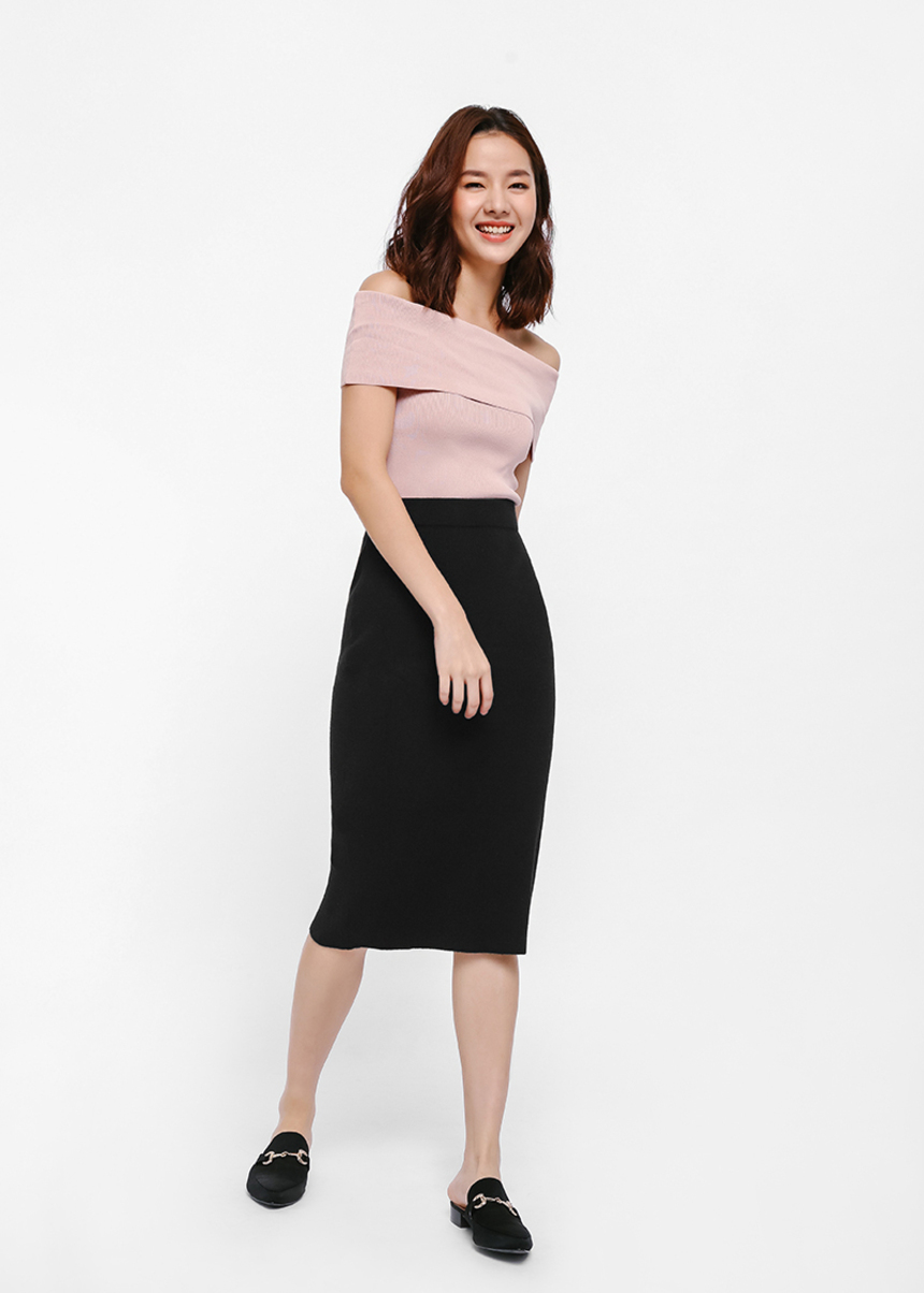 Okiha Knit Bodycon Skirt
