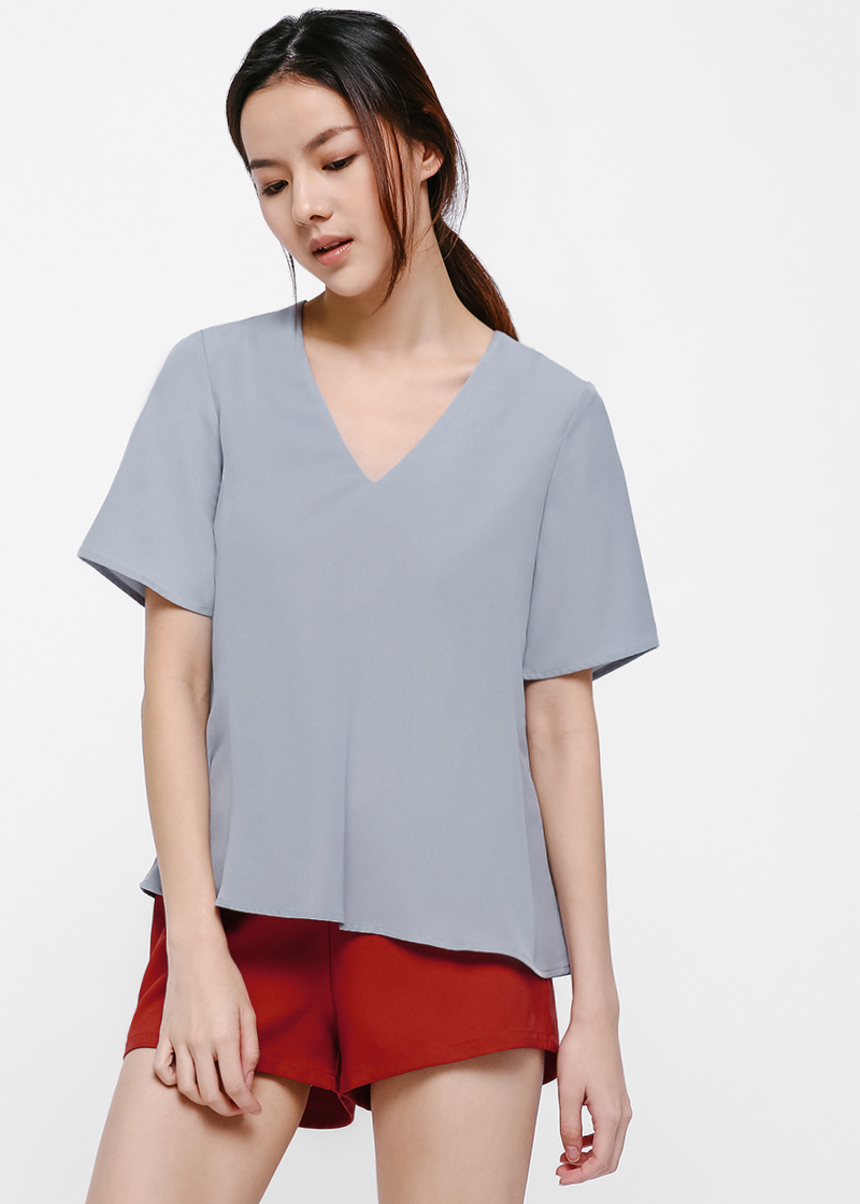 Emelle Relaxed V-Neck T-shirt Top