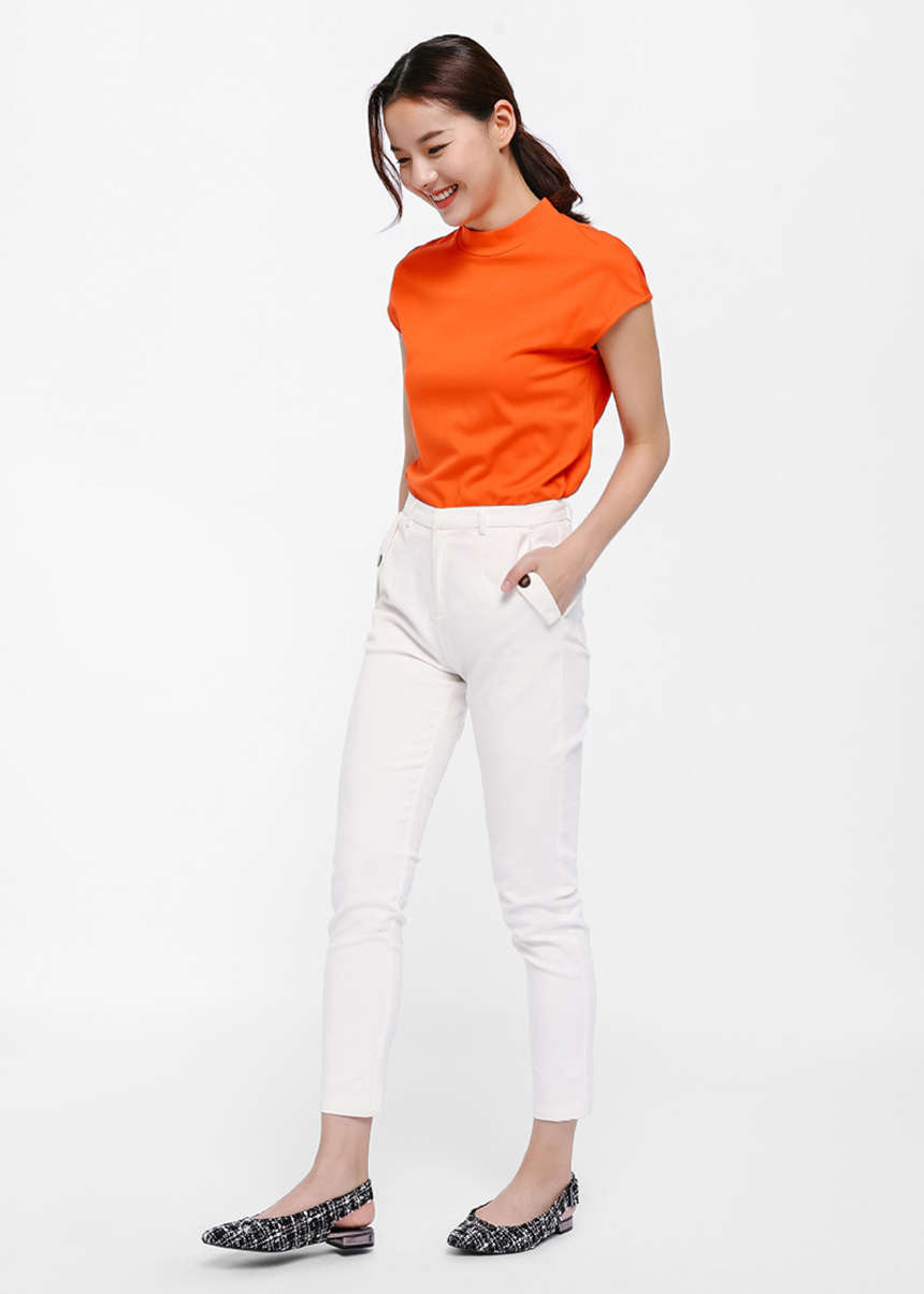 Hilde Pocket Detail Cropped Pants