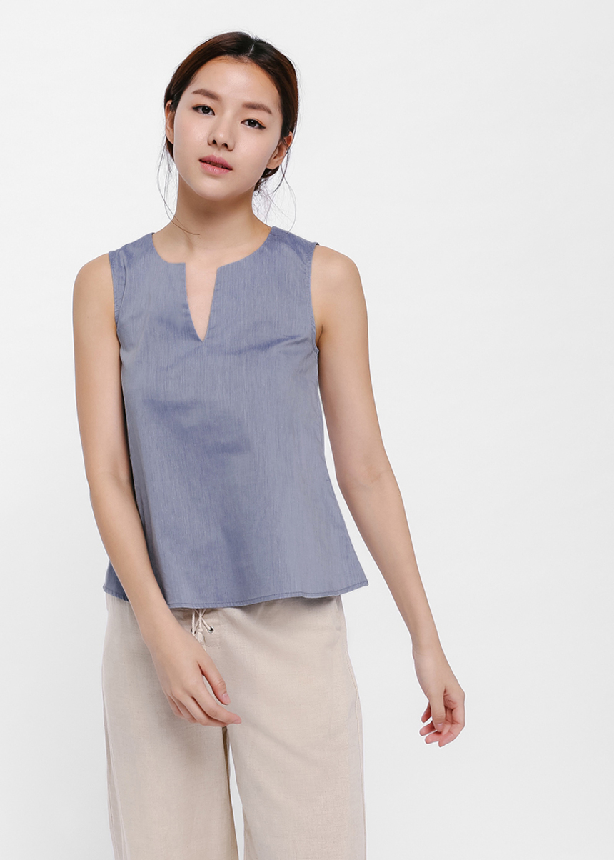 Ruth Notch Neck Top