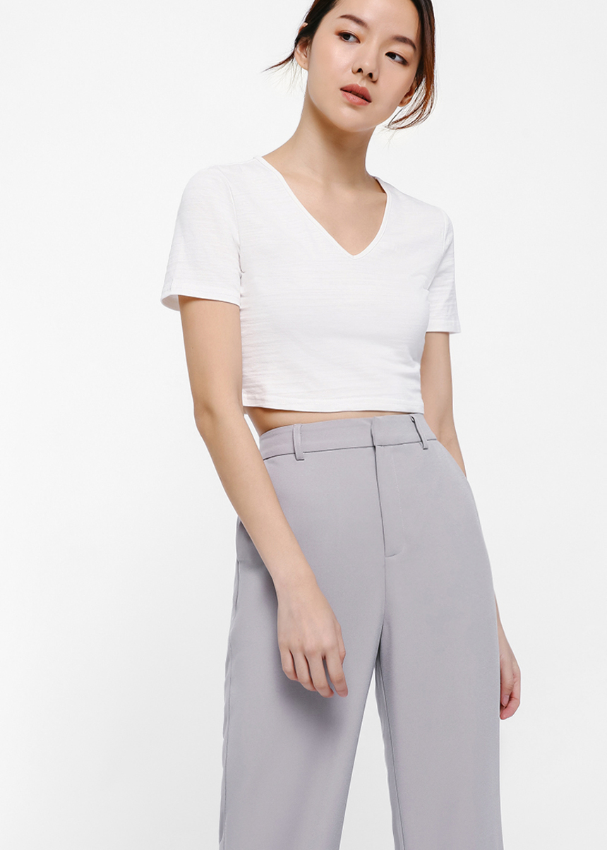 Yvonne Knit V-Neck Crop Tee