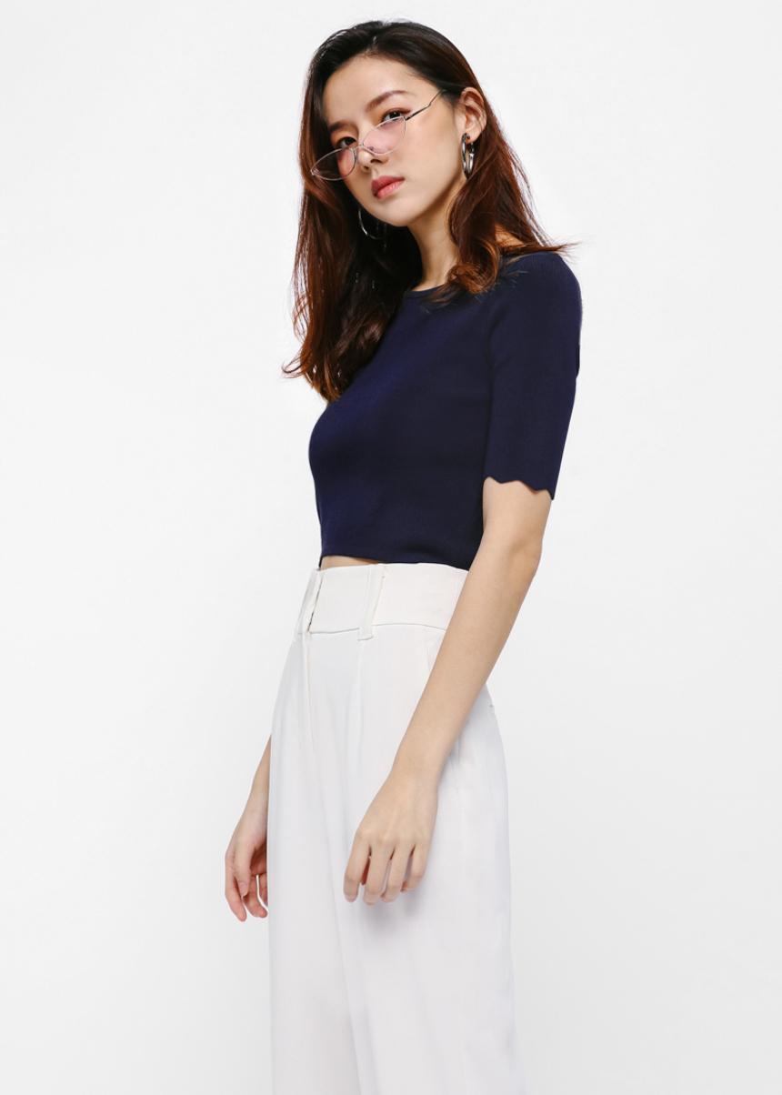 Bonnie Scallop Sleeve Top