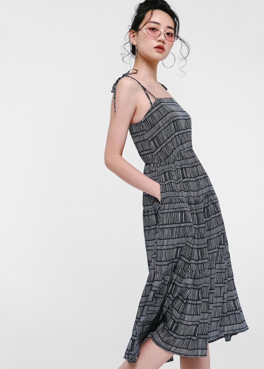 Aerolynne Printed Summer Midi Dress