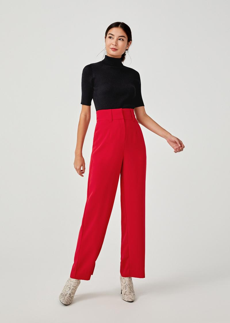 Jionni Turtle Neck Ribbed Knit Top