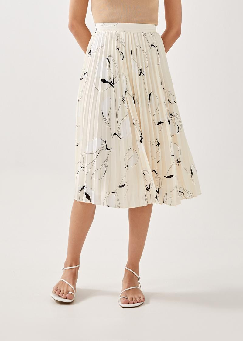 Emory Pleated Midi Skirt in Floral Odyssey